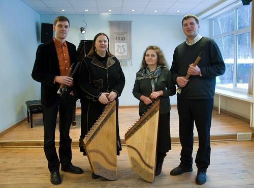 Liaudies instrumentų specializacija